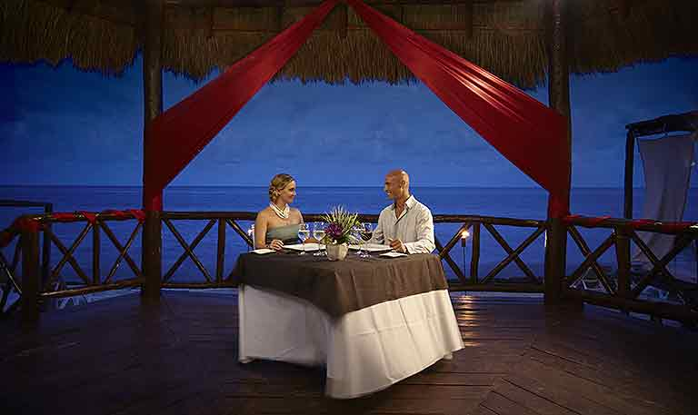 Romantic Gazebo Dinner for 2
